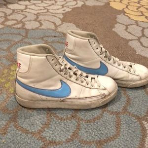 792e3884d62730 Nike Shoes - Like Mike Vintage Nike s